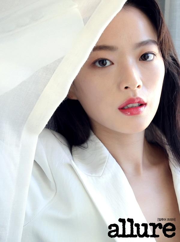 영화 우상 천우희, 팔색조 얼굴매력 화보 뽐내