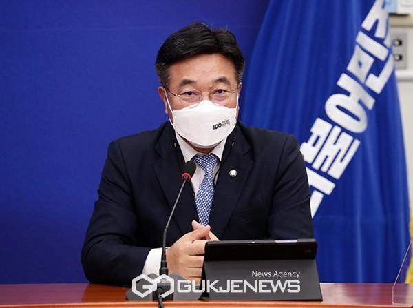 윤호중 더불어민주당 원내대표.