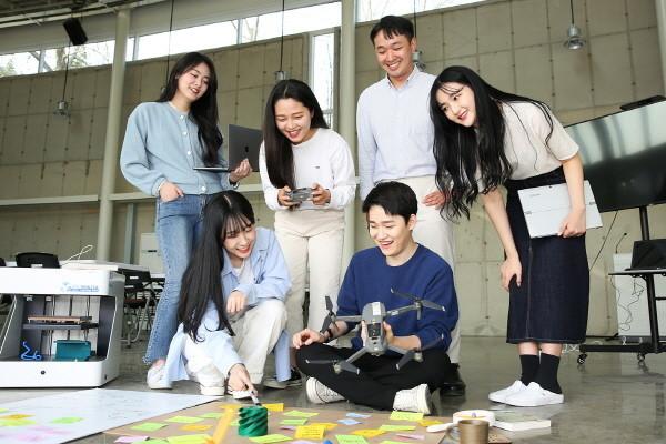 22일 한남대학교는 교육부가 추진하는 2020년 '4차 산업혁명 혁신선도대학'에 선정됐다고 밝혔다.