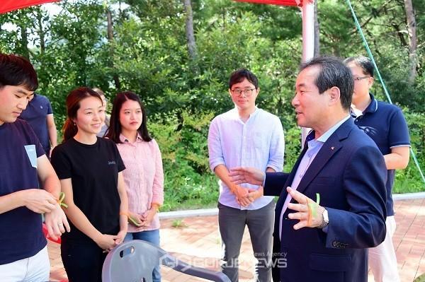 김천시, 40~50대 중장년층을 위한 창업멘토단 운영(사진=김천시)