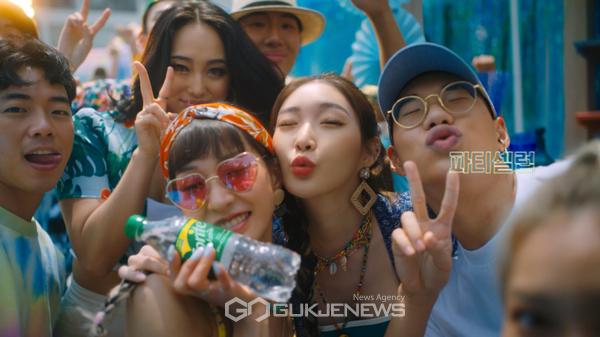 코카-콜라사 스프라이트, 청하의 반전 매력 스토리 TVC 전격 공개!