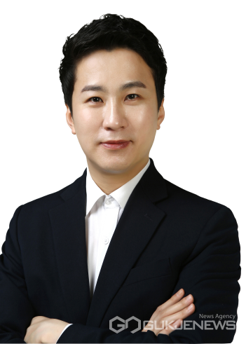 예산결산특별위원회위원장에송바우나의원.사진=국제뉴스DB