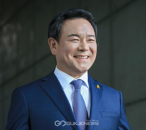 이형석 국회의원(광주 북구을, 더불어민주당 최고위원)