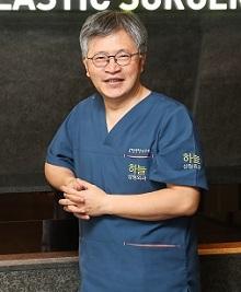 사진.부산서면하늘성형외과의원김성호원장