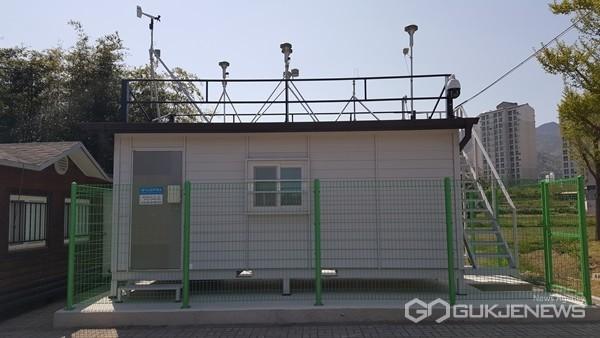 (사진제공=경남도) 경남의 한 대기오염측정소.