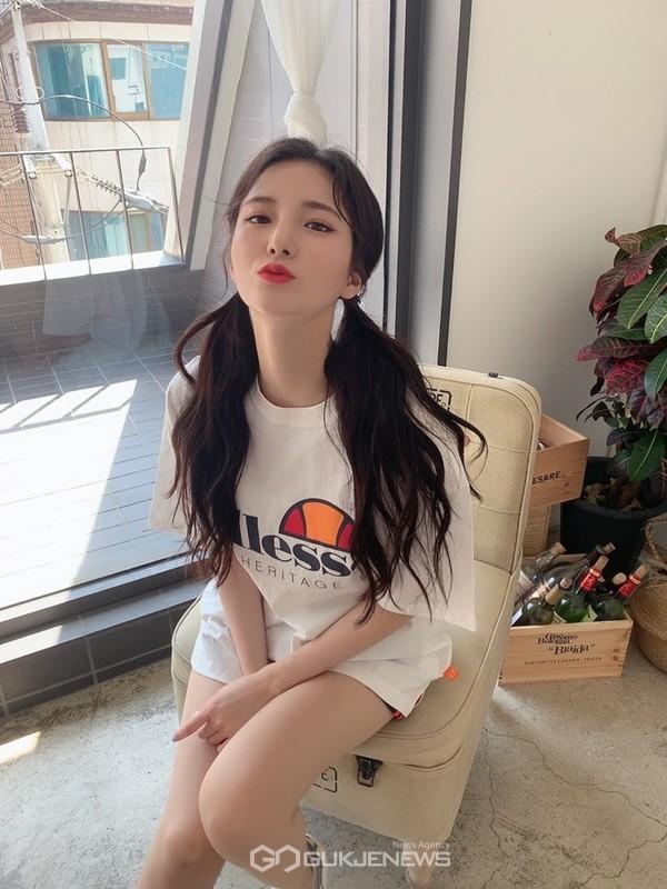 치어리더 김해리, 솔로 가수 변신 나선다…댄스 신곡으로 올여름 강타 예고