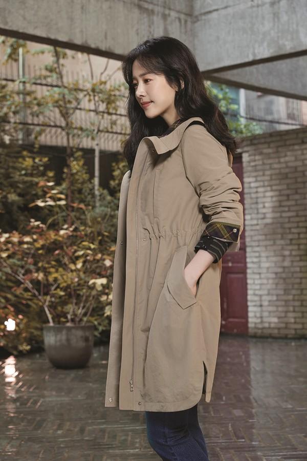 한지민, 팔색조 매력 가득한 가을 화보 공개