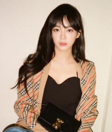 출처 김세정 SNS