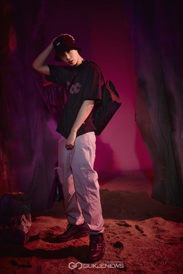 엑소 카이, 블랙야크 BCC 컬렉션으로 화보 장인 등극
