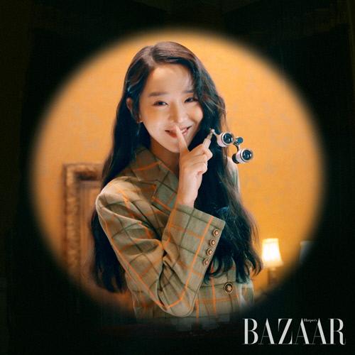 신혜선 화보, 미소 천사의 다채로운 매력