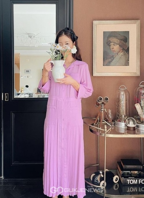 기은세, 봄을 부르는 화사한 원피스 자태 집콕 패션도 완벽