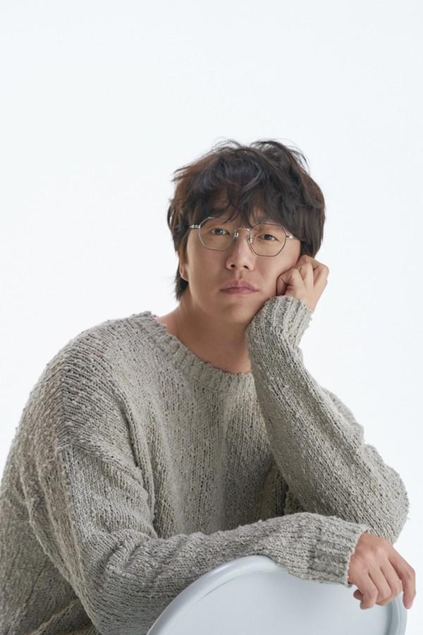성시경 컴백확정, 10년 만에 가수 행보