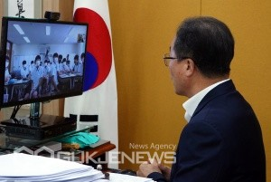 '6월 민주항쟁 계기 수업 미니 토크 콘서트' 모습/제공=부산교육청