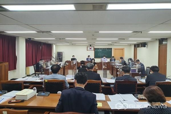 행정문화위원회 모습.(제공=충북도의회)