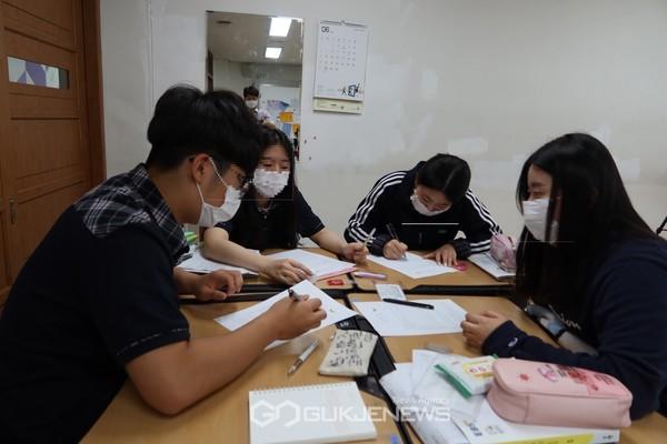 세종시 관내 학교에서 사회적경제 교실이 운영되고 있다.