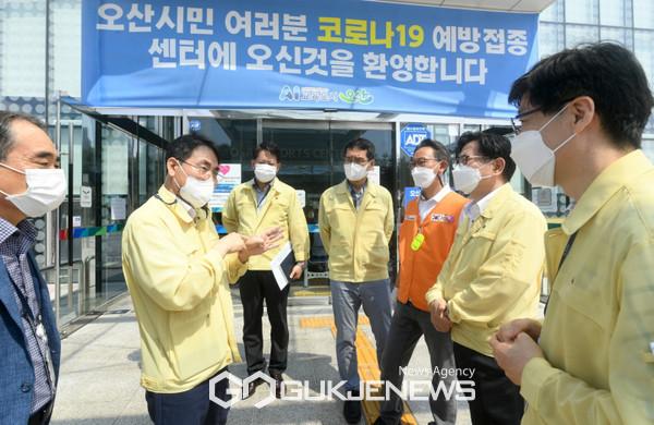 ▲ 이재영 행안부 차관, 오산시 방문 모습.<사진=오산시 제공>