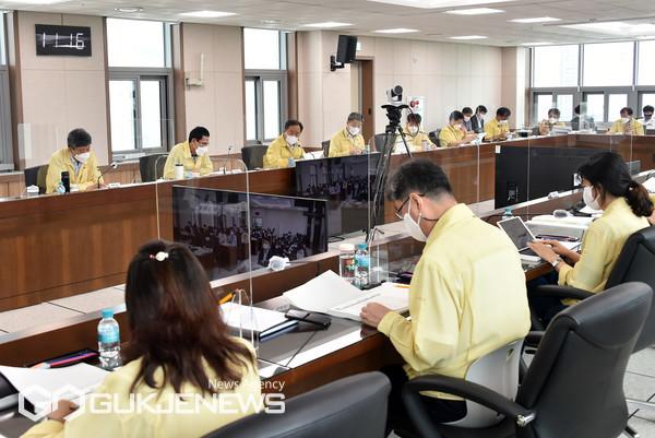 '2021 주요업무 중간성과 보고회' 모습/제공=부산교육청