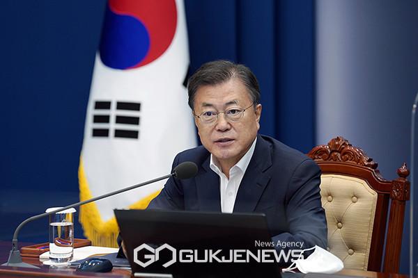 [속보]주한 일본대사 막말에 문재인 대통령