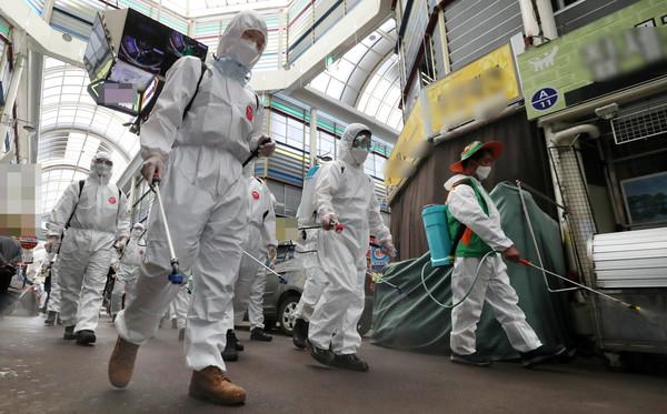 [속보] 보령 코로나 확진자 2명 추가 발생...감염 경로 공개 (국제뉴스DB)