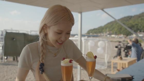 블랙핑크 로제, 故유재하 노래에 '눈물'(사진=JTBC)