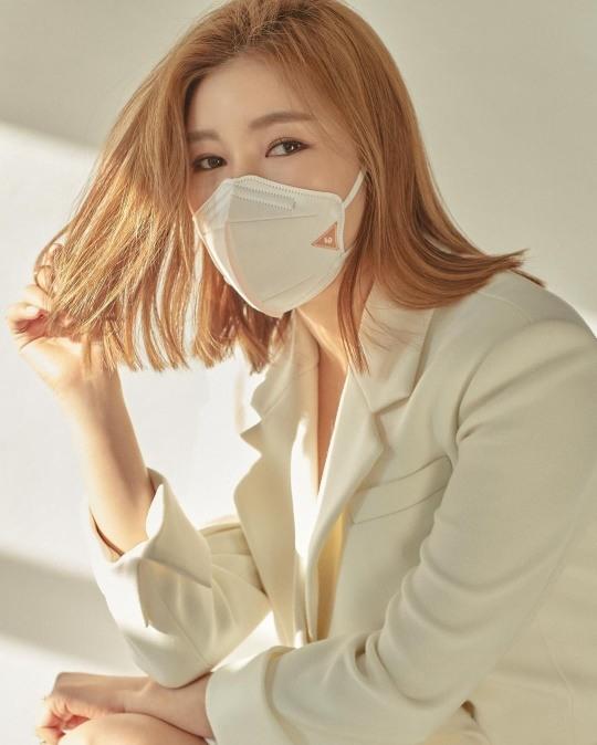 송가인, 각종 컨셉에도 화보 장인 면모 '뿜뿜'(사진=송가인 SNS)