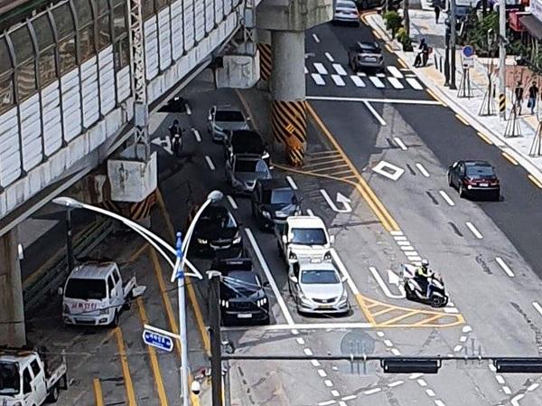 아차산로 SK뷰 아파트 앞 교차로 1차 추가 공가 완료 모습