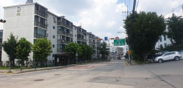<사진설명=진건읍소재아파트진출입도로사진>