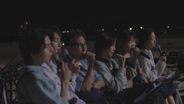 바라던 바다 마지막 영업 D-day, 특별 단체곡 공개(사진=JTBC)