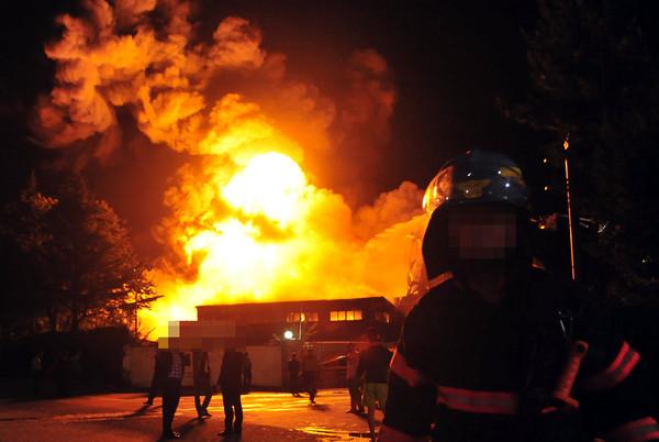 [속보]청양 화재, 애경화학 청양공장서 불...진화 중 (사진은 기사와 관련없음. 국제뉴스DB)