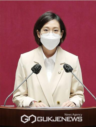 정의당 장혜영 의원(기획재정위원회, 정책위원회 의장)