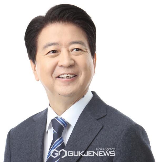 더불어민주당 노웅래 의원(민주연구원장, 서울 마포갑)
