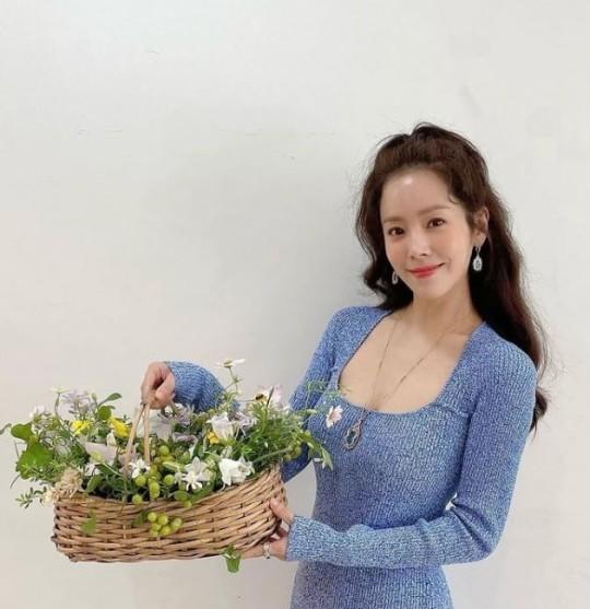 한지민 출연확정, 김희애 이어 '잠적' 출연(사진=한지민 SNS 캡쳐)