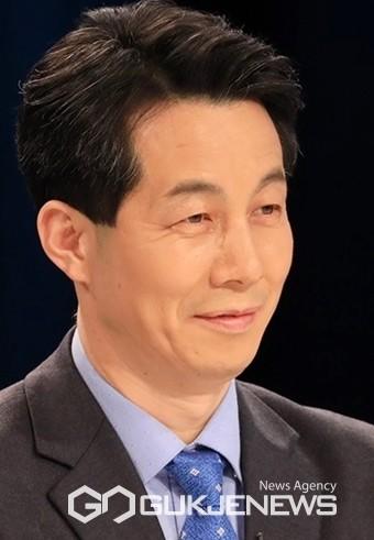 국회 외교통일위원회 윤건영 의원(더불어민주당, 구로구을)