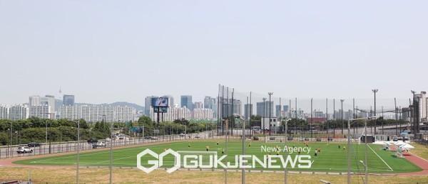 노량진 축구장 전경