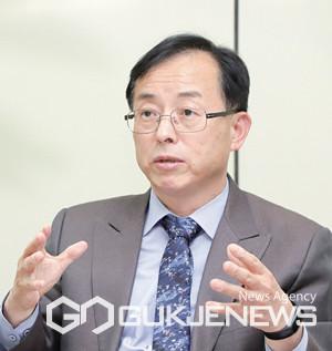 국회 산업통상자원중소벤처기업위원회 더불어민주당 김경만 의원(비례대표)