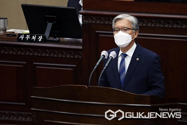 장선배 의원이 5분 발언을 하고 있다.(제공=충북도의회)
