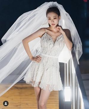 곽민정 결혼, 치명적인 웨딩 화보 눈길