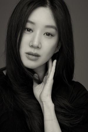 정려원, 코리아 액터스 200 화보 공개..